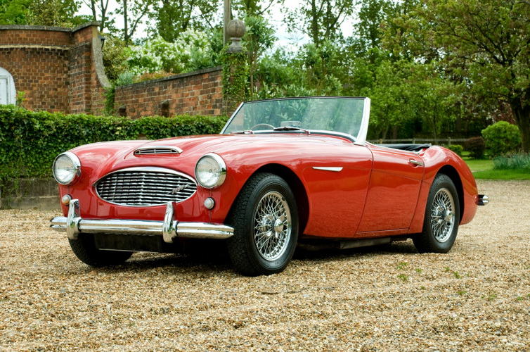 6 Reasons to Buy a Classic Car